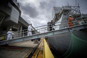 Maritime - Employees working on Dauntless